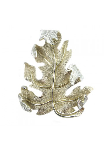 Vintage brooch WINDFALL SARAH COVENTRY