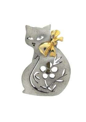 Vintage brooch CAT WITH BOW ULTRA CRAFT