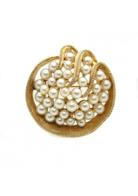 Vintage brooch ART